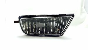 Toyota Sienna 2001 03 Right Side Fog Lamp With Bulb Included Right Hand Side Rh