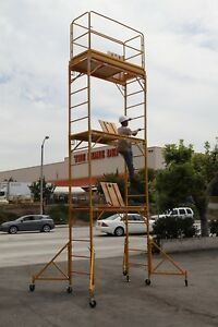 Scaffold Rolling Tower Stand At 17 Feet H W Hatch Deck