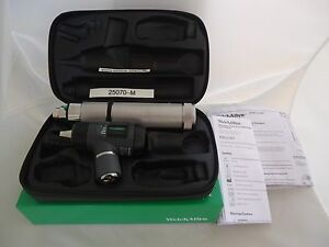 Welch Allyn Otoscope Set 25070 m With Macroview Otoscope Handle new In Box