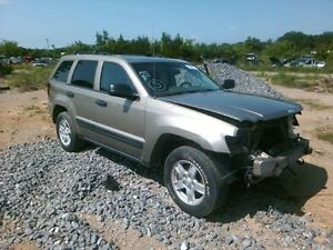 Front Door Jeep Grand Cherokee Right 05 06 07