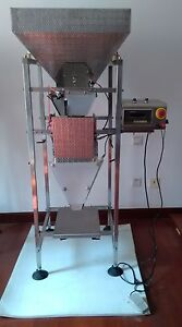 Bagging Weigh Scale Filler Vibrating Feed Frozen Strawberries Foods Filling Mach