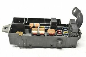 2002 2004 Subaru Impreza Wrx Engine Compartment Fuse Box Relay Panel 82231fe000