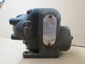 Old Eisemann Am 4 Hit Miss Gas Engine tractor Magneto Antique Motor Steam 18037