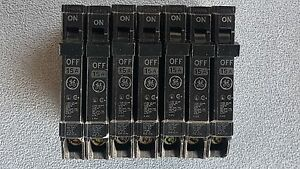 General Electric Ge Thqp115 15a 1 pole 120v Circuit Breakers Lots Of 7