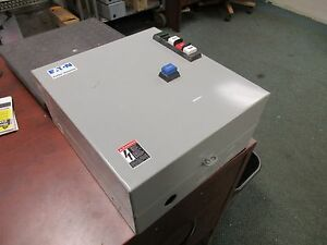Cutler hammer Enclosed Starter An16bn0 Size 0 120v Coil 18a Used