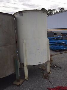 Stainless Steel Tank Approx 610 Gallon Capacity Good Condition