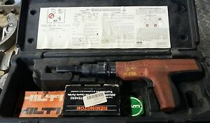 Remington 496 Powder Actuated Stud Fastener Nail Gun In Case