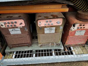 Miller And Airco Gas Driven Welders Generators With Onan Cck Engine 225 Amp