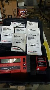 Snap On Tools Mt2500 Scanner With Case Cartridges Keys Cables Etc Nice