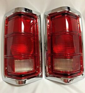 81 93 Dodge Ram Pu Truck Taillights W Chrome Trim Pair Rh And Lh