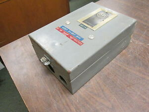 Allen bradley Enclosed Size 2 Starter 709caa 120v Coil Used