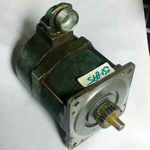 Superior Electric Slo syn Motor Synchronous stepping Ss241t