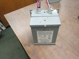 Sebco Low Voltage Lighting Transformer 1107 Pri 120v 50 60hz Sec 12v 100w Used