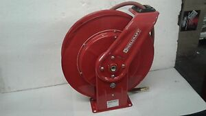 Reelcraft Air water Hose Reel With 1 2in X 50ft Pvc Hose Max 300 Psi