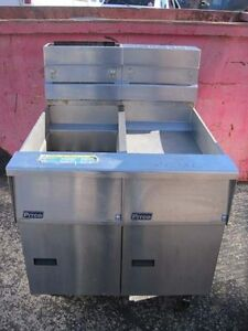 Pitco Single Fryer With Bnb Cabinet Sg14s sgbnb14