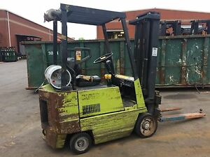 Clark 3000 Lb Propane lpg Forklift With Cushion Tires solid