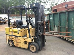 Cat 6000 Lb Propane lpg Forklift With Cushion Tires solid 3 Stage W sideshift