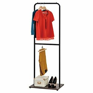 Industrial Metal Pipe Design Single Bar Garment Rack Clothes Hanger With Wood