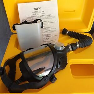 Willson Industrial Safety Gas Mask 6600 6700 Series New In Case