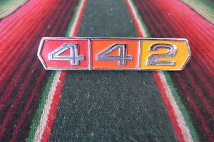 Nos 66 67 Oldsmobile Cutlass 442 Trunk Emblem New 1966 1967 Olds Badge Plate