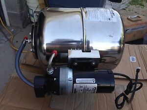 Flojet Water Booster Pump W Tank 4 Gallon