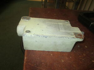 Crouse hinds Explosion Proof Outlet Box Efsc 271 3 4 Used