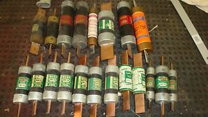 Mixed Lot 20 Fusetron Others In Line Fuses 40 All Were Tested And Good