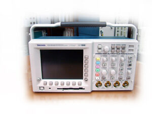 Tektronix Tds3054b Digital Oscilloscope 4ch 500mhz