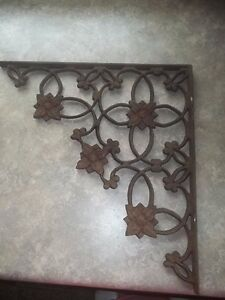 Antique Cast Iron Ornate Floral Corner Eave Bracket Estate Find 14