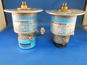 2vm51 000 5 Micro Switch Motor 24vdc 3 9a Torque 4 6 New Old Stock Style Varies