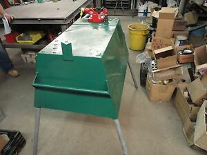 Greenlee Storage Box With Pipe Chain Vise