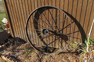 Vintage Antique Iron Metal 18 Spoke Wagon Wheel 4 5 2235