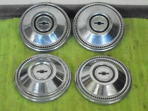 1967 Chevrolet Dog Dish Hubcaps 10 1 2 Set Of 4 Chevy Hub Caps 67