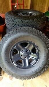 2016 Jeep Wrangler Unlimited Wheels And 5 General Grabber Tires