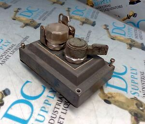 Allen Bradley 2 Position Toggle Switch Explosion Proof Cover