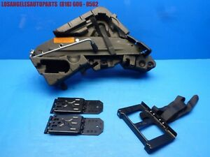 03 10 Porsche Cayenne 955 957 Spare Tool Tire Floor Jack W Brake Blocks
