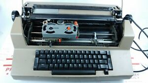 Vintage Ibm Correcting Selectric Iii Electric Business Typewriter