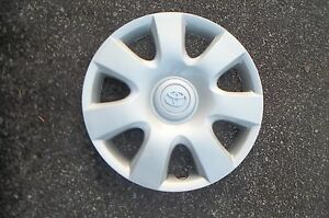Factory Toyota Camry Hubcap Wheel Cover 2002 2003 2004 2005 2006 15 61115