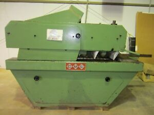 Cml Straightline Rip Saw used good Working Condition 2 Arbors 9 Blades Included