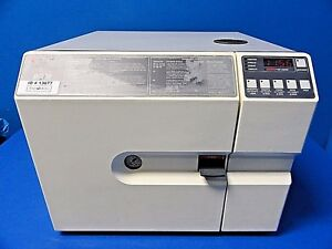Amsco Steris Eagle 10 Model E10ap Autoclave Steam Sterilizer W 2 Trays 13677