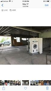 96 Bowe 35lb Drycleaning Machine