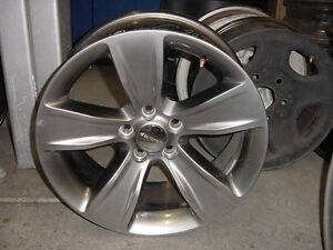 Dodge 2015 Challenger Oem 18 Inch Wheel Rim 1zv90trmab Wheels