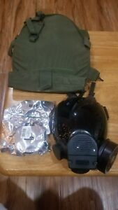 Msa Advantage 1000 W Voice Amp Riot Control Gas Mask Medium Larg Black