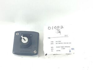 Genuine Square D Telemecanique Xal d144 Key Switch 2 position Stay a804