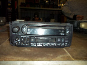 1998 99 00 01 02 Concorde Intrepid Audio Am Fm Stereo Radio Cassette Cd Player