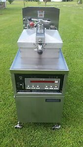 Henny Penny Electric Pressure Fryer Model 500c 208v 3ph Xtra Clean