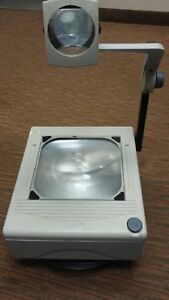 Overhead Projector W Two Bulbs Support Local Schools