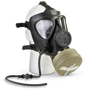 Israeli M 15 Gas Mask With Drinking Tube