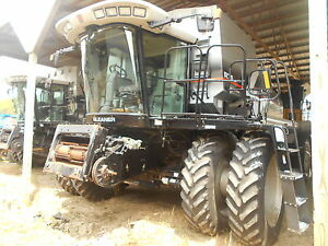 2003 Gleaner R75 Combine 4wd Sn Hm72225