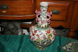 Antique Chinese Porcelain Pottery Vase Raised Dragon Rooster Foo Dogs Signed